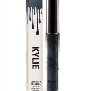 Kylie cosmetics kymajesty lipstick